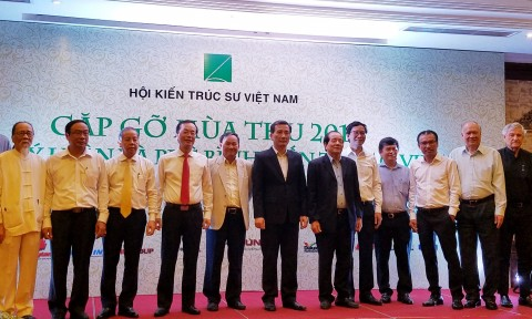 Đổi mới công tác lý luận phê bình kiến trúc để phát triển kiến trúc Việt Nam hiện đại – bản sắc