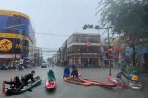 """Đà Nẵng ngập lụt lịch sử do """"rác quy hoạch""""?"""