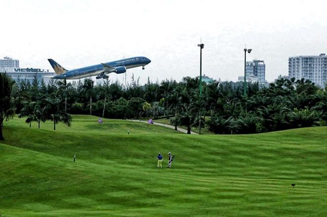 San golf tại sân bay Tân Sơn Nhất từng bị đánh giá là nguyên nhân gây uy hiếp an toàn bay ĐỘC LẬP