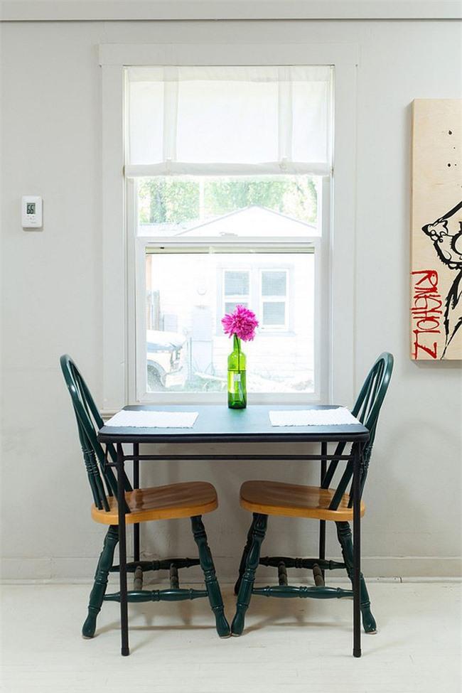 Không thể phủ nhận là một chiếc bàn dành cho hai người vô cùng lãng mạn