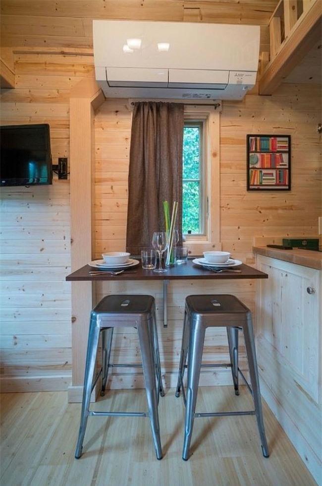 Sử dụng không gian nhỏ cho cả bữa sáng và bữa tối một cách dễ dàng