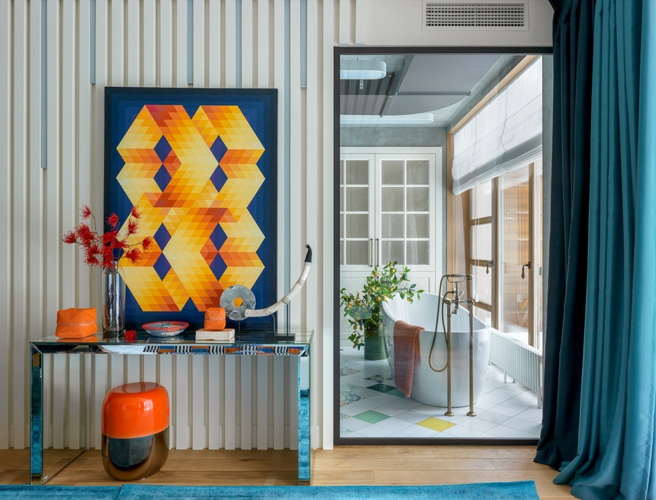 Rèm cửa tạo không gian riêng tư cần thiết giữa phòng tắm và phòng ngủ