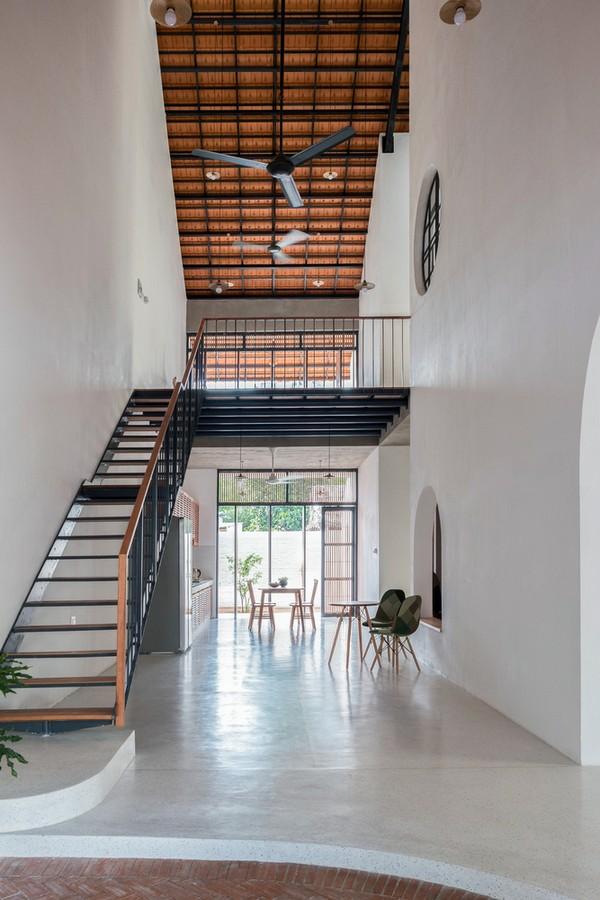 Tile-Roof-House-Ngoi-nha-mai-ngoi-hoai-co-giua-do-thi-hien-dai-04