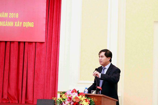 Thứ trưởng Bộ Xây dựng Lê Quang Hùng phát biểu tại Hội nghị