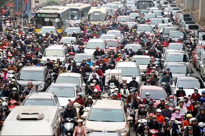 Thu nhập tăng, người dân mua ô tô ngày càng nhiều