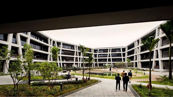 G8A_concrete_lace_11_Patrick_Bingham-Hall