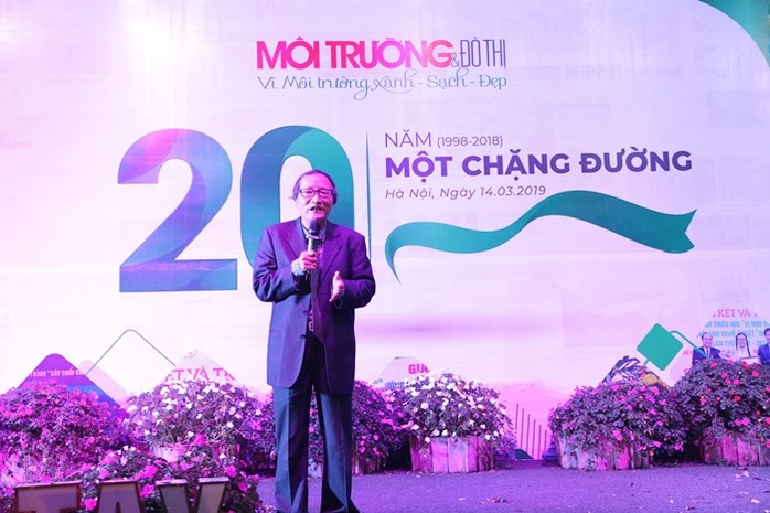 GS. TSKH Nguyễn Văn Liên, Chủ tịch Hiệp hội Môi trường đô thị và Khu công nghiệp Việt Nam phát biểu tại buổi lễ