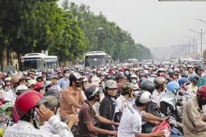 Cấm xe máy: Mới tập trung phần ngọn, chưa giải quyết phần gốc