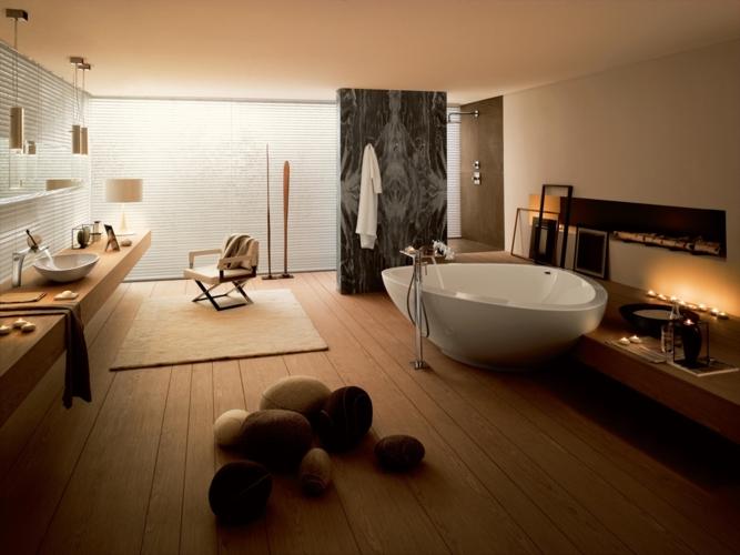Màn cửa lá sách mang ánh sáng tự nhiên cho phòng tắm bằng gỗ