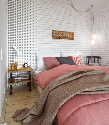 Kệ nhỏ đầu giường, nơi chủ nhân đựng những quyển sách đang đọc dở hay máy nghe nhạc