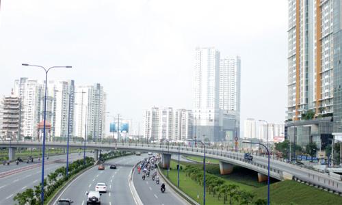 Thị trường căn hộ phía Đông TP HCM. Ảnh: Vũ Lê