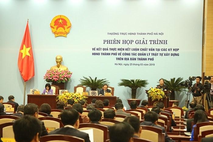 Chủ tịch HĐND TP Nguyễn Thị Bích Ngọc phát biểu khai mạc phiên họp giải trình