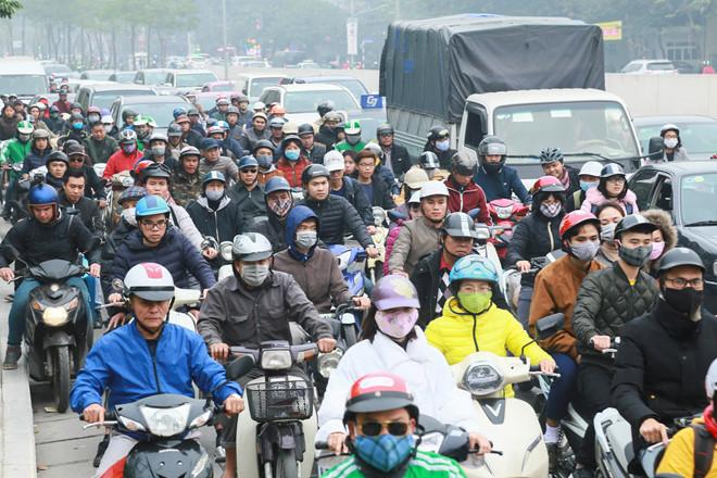Hà Nội đang nghiên cứu cách thức cấm xe máy theo mô hình điểm Quảng Châu (Trung Quốc) để áp dụng trên địa bàn thành phố ẢNH NGỌC THẮNG