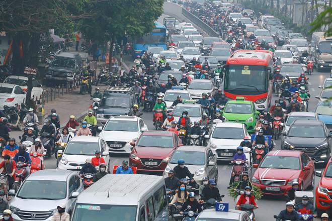 Một số tuyến đường nội đô đã được nhắm đến để áp dụng việc hạn chế xe máy ẢNH NGỌC THẮNG