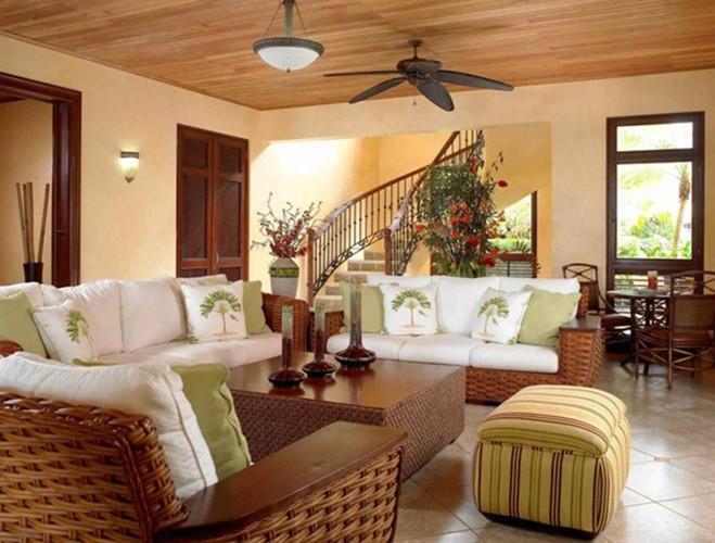Ghế sofa bằng mây êm ái mang đến vẻ đẹp giản dị cho phòng khách