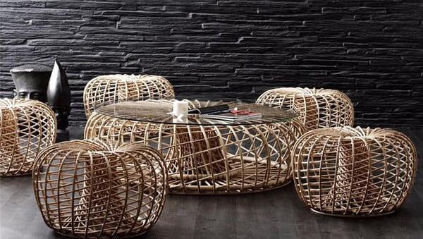 Bàn trà từ mây tre đan trang nhã phù hợp với thiết kế nội thất phong cách cổ điển