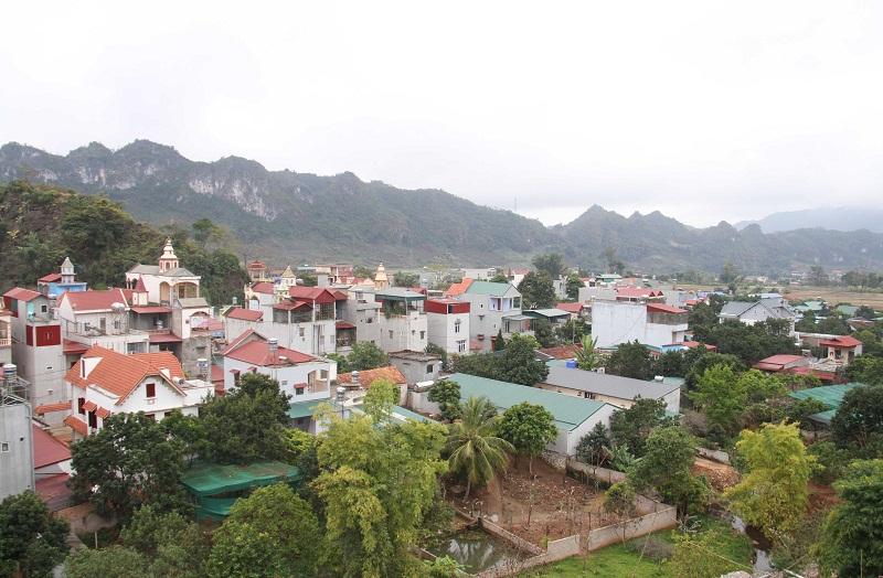 Khu du lịch quốc gia Mộc Châu trên địa bàn 02 huyện Mộc Châu và Vân Hồ, tỉnh Sơn La, có tổng diện tích tự nhiên là 206.150ha