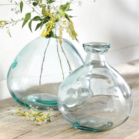 Bình thủy tinh cổ chai làm từ vật liệu tái chế