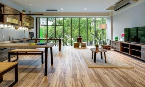 Ngôi nhà làm từ gỗ và sắt tái chế