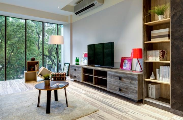 Mặc dù nội thất làm từ gỗ tái chế nhưng đã qua xử lý nên đảm bảo độ bền và hơn hết chính là yếu tố thoải mái cho người sử dụng