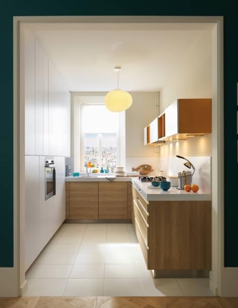 Dù diện tích nhỏ nhưng nếu biết cách sắp xếp bạn vẫn có đủ không gian để trổ tài nấu nướng và chăm sóc gia đình