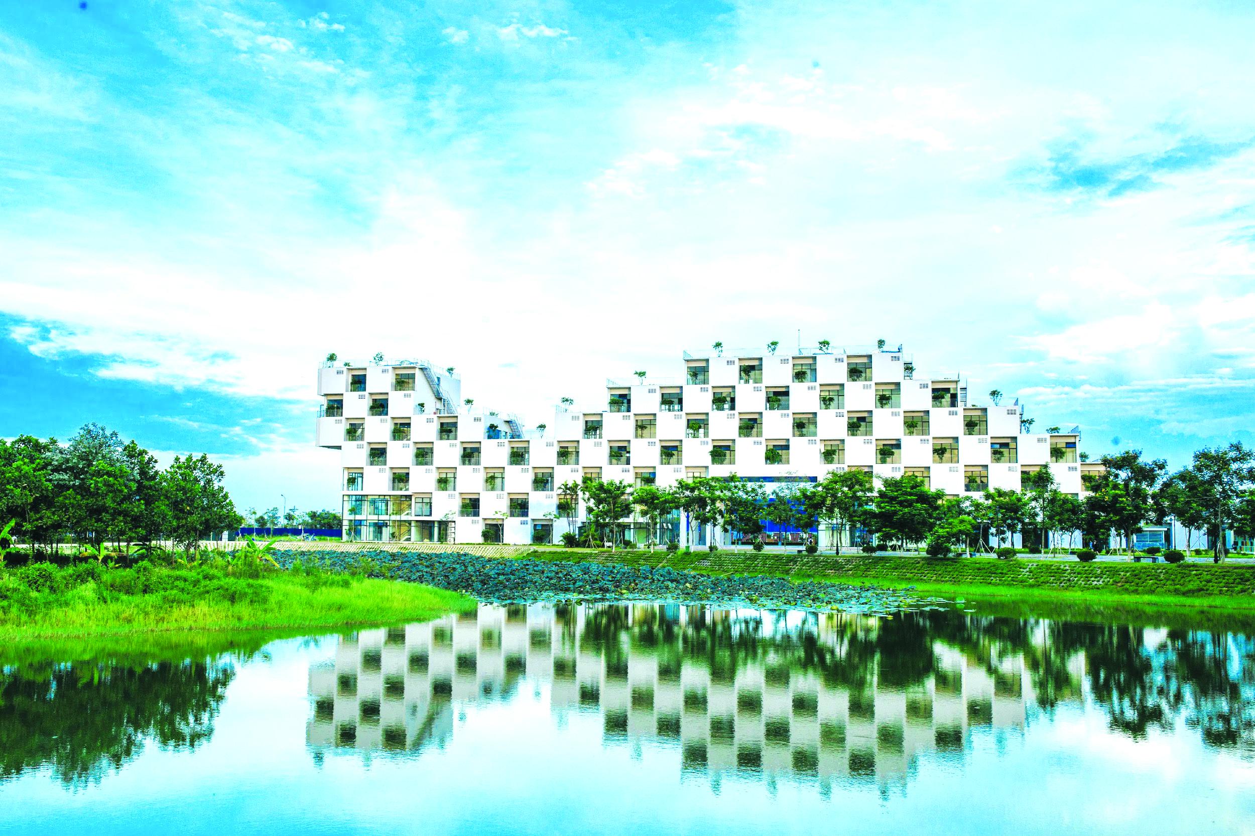 Công trình tòa nhà đại học FPT (Hòa Lạc) sau khi khánh thành