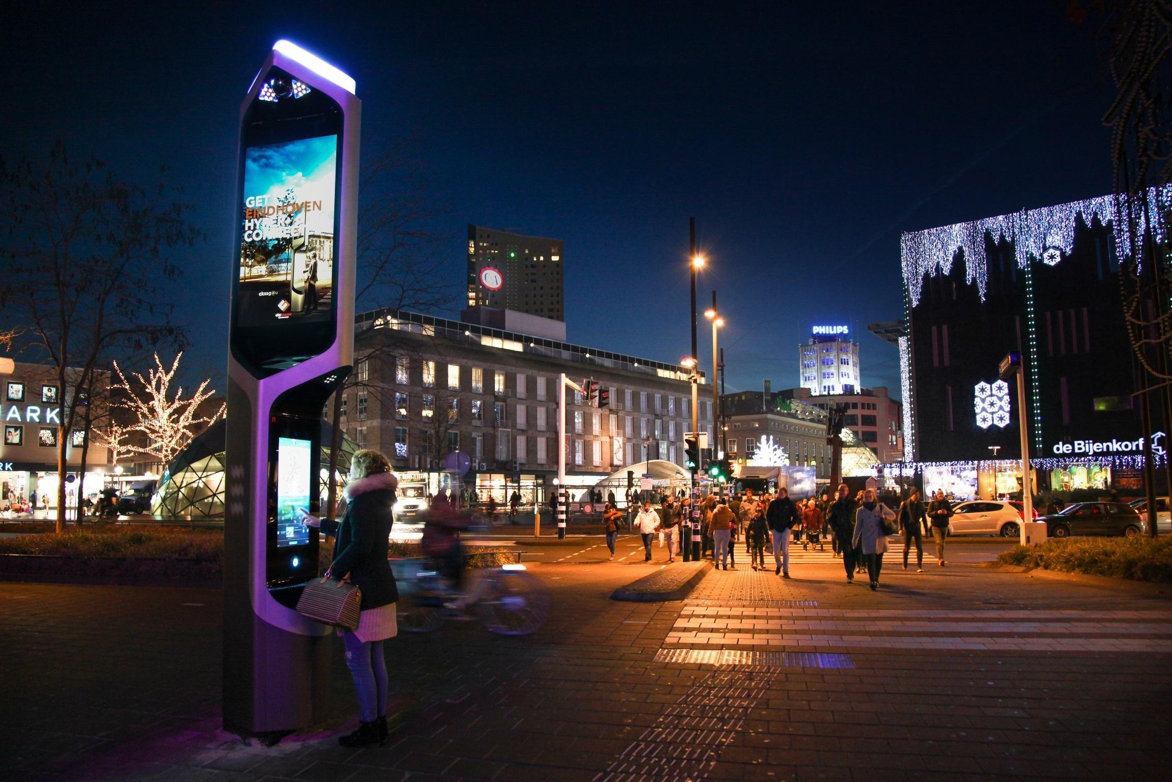 Trụ tương tác thông minh hướng tới xây dựng mô hình đô thị tương tác thông minh tại TP Eindhoven (Hà Lan)