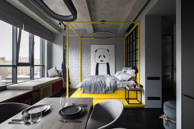 Với diện tích vỏn vẹn 40m2, căn hộ nhỏ ở Moscow (Nga) của một cặp vợ chồng trẻ không có nhiều không gian cho các phòng chức năng riêng biệt