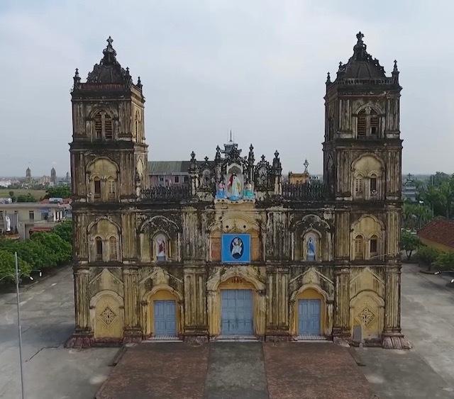 Giáo phận Bùi Chu cũng có ý nghĩa xã hội quan trọng là nơi đầu tiên được công nhận giáo phận đầu tiên ở Việt Nam (năm 1533)