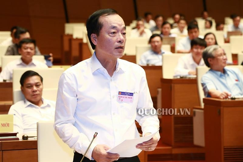 Bộ trưởng Bộ Xây dựng Phạm Hồng Hà giải trình làm rõ một số vấn đề đại biểu Quốc hội quan tâm tại phiên họp