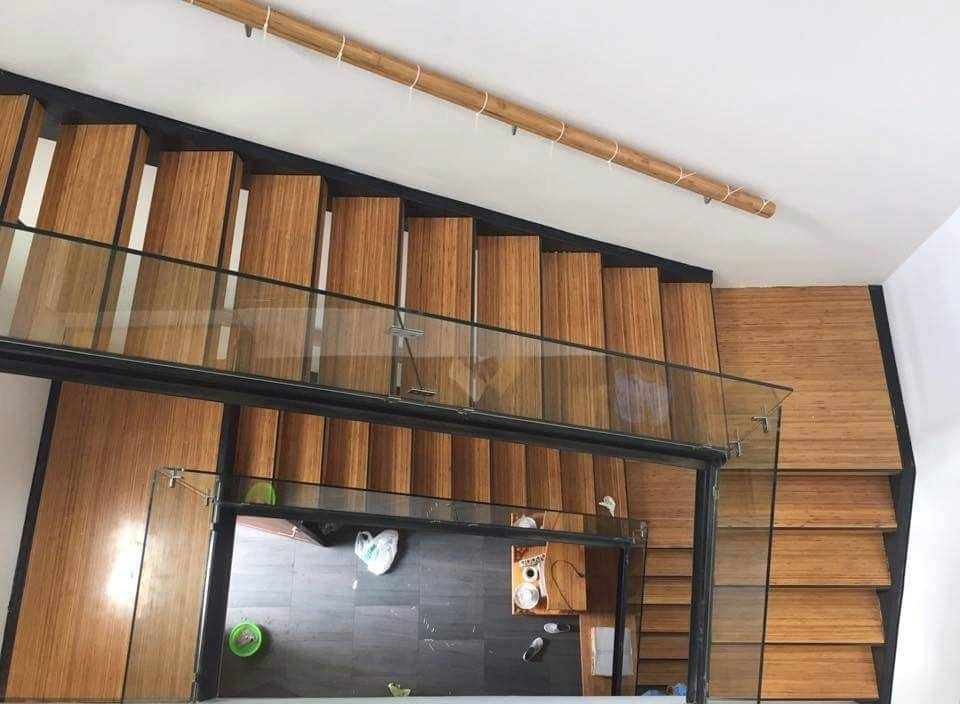 Cầu thang tre ván ép