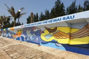 Akzo Nobel tài trợ sơn thực hiện bức tranh dài 100m truyền thông điệp bảo vệ môi trường biển
