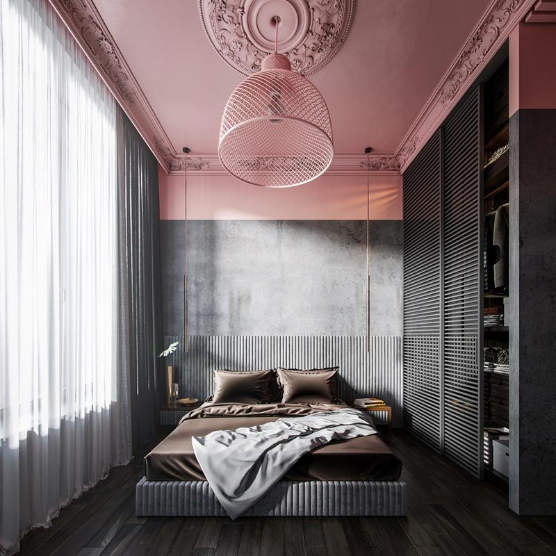 Lồng đèn treo lơ lửng dưới trần nhà có vân hoa cổ điển đã tạo nên sự khác biệt cho căn phòng