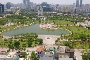 Hà Nội xén công viên làm bãi đỗ xe: Lợi cho ai?