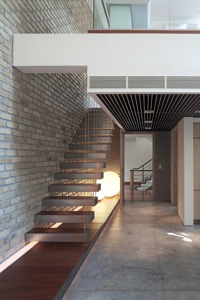 Cầu thang dây cáp tạo cảm giác hiện đại, nhẹ nhàng.