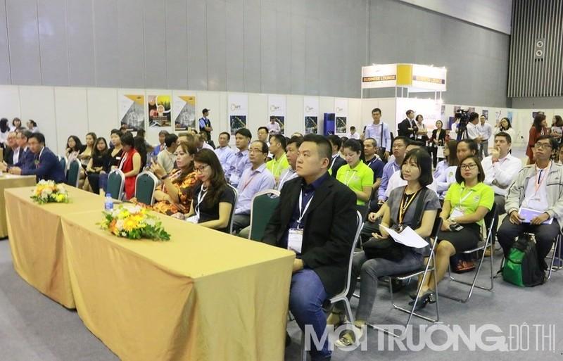 Sự kiện thu hút đông đảo các doanh nghiệp và khách tham quan tham gia