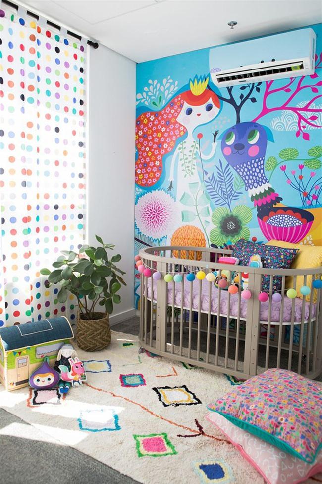 Không một đứa trẻ nào có thể cưỡng lại được sức hút của những căn phòng rực rỡ màu sắc và hình họa như thế này