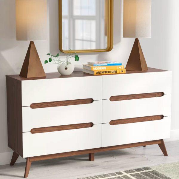Tủ sang trọng hơn nhờ kết hơp hai màu sắc trắng và nâu gỗ