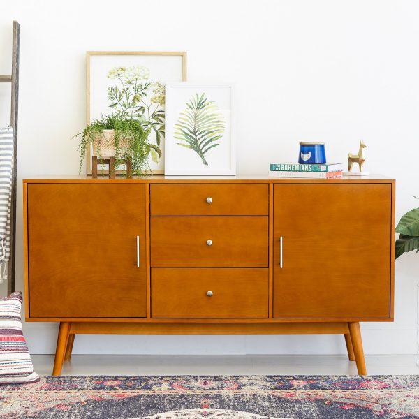 Tủ lưu trữ sở hữu gam màu vàng cam sang trọng có thể đặt trong phòng ngủ lẫn phòng khách