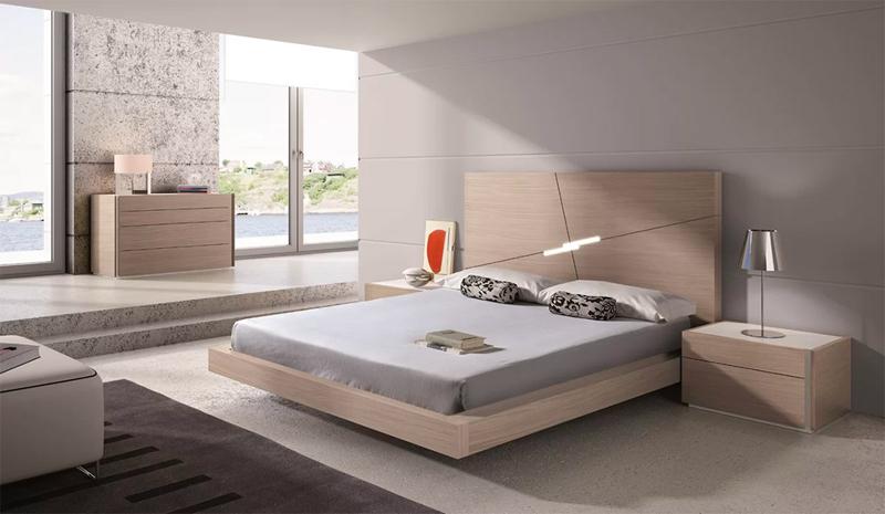 Đèn tích hợp với đầu giường, hoàn hảo cho những đêm tối trời