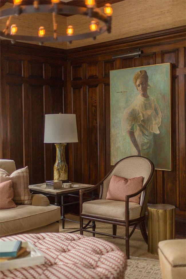 Thứ tượng tưởng mà xem, hiểu quả thẩm mỹ của căn phòng nếu sử dụng những bức tranh nhỏ sẽ chẳng bao giờ được bằng bức tranh kích thước lớn như thế này