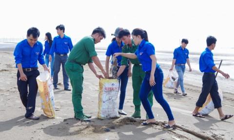 Xây dựng 400 điểm thường xuyên duy trì hoạt động làm sạch bờ biển