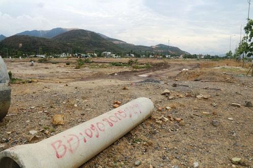 Nhiều khu đất tại các dự án bất động sản ở Khánh Hòa để đất trống chờ thị trường ấm lại