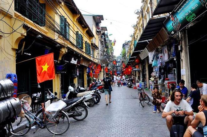 Hà Nội dự kiến giảm mật độ xuống còn 500 người/ha tại khu phố cổ