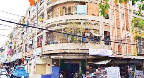 Sẽ di dời, tháo dỡ 5 chung cư cũ tại quận Tân Bình