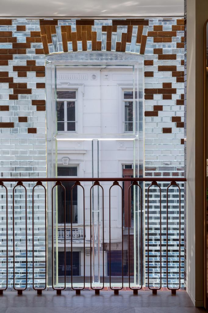 Hermes-tiep-quan-Crystal-house-o-Amsterdam-3