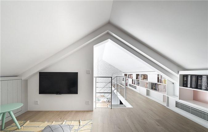 Sử dụng không gian rộng rãi của kệ mở cho phòng học và phòng ngủ ở tầng lửng