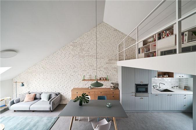 Thiết kế căn hộ tuyệt đẹp và hiện đại với phòng ngủ được đặt ở tầng lửng
