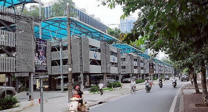 Bãi đỗ xe trên phố Nguyễn Công Hoan, một mô hình bãi đỗ xe mà Hà Nội đang muốn khuyến khích người dân đầu tư