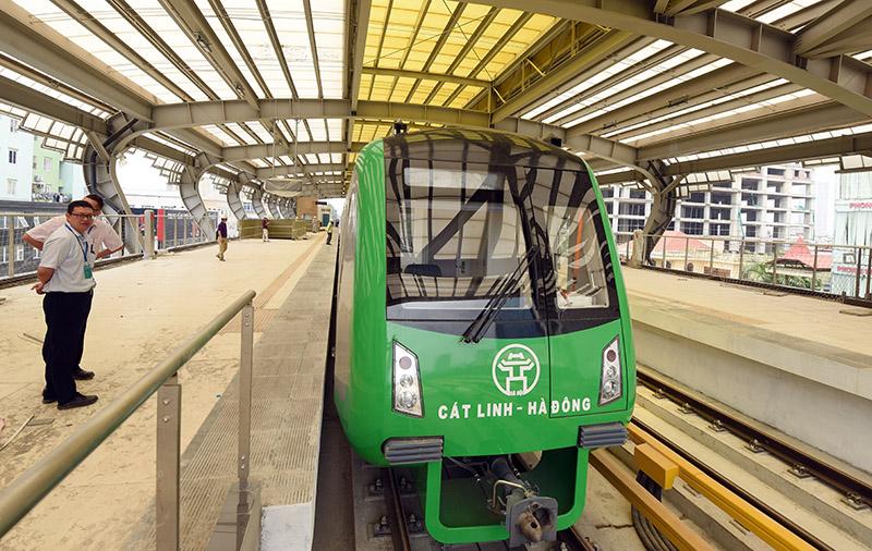 Dự án đường sắt Cát Linh-Hà Đông tới nay đã đội vốn 205% và chưa thể đi vào hoạt động chính thức. (Ảnh minh hoạ)